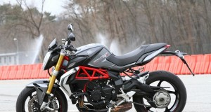21-mv-agusta-brutale-800-rr-image-top-motorcycle-review
