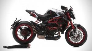Lewis-Hamilton-x-MV-Agusta-Dragster-RR-LH44-Superbike-0
