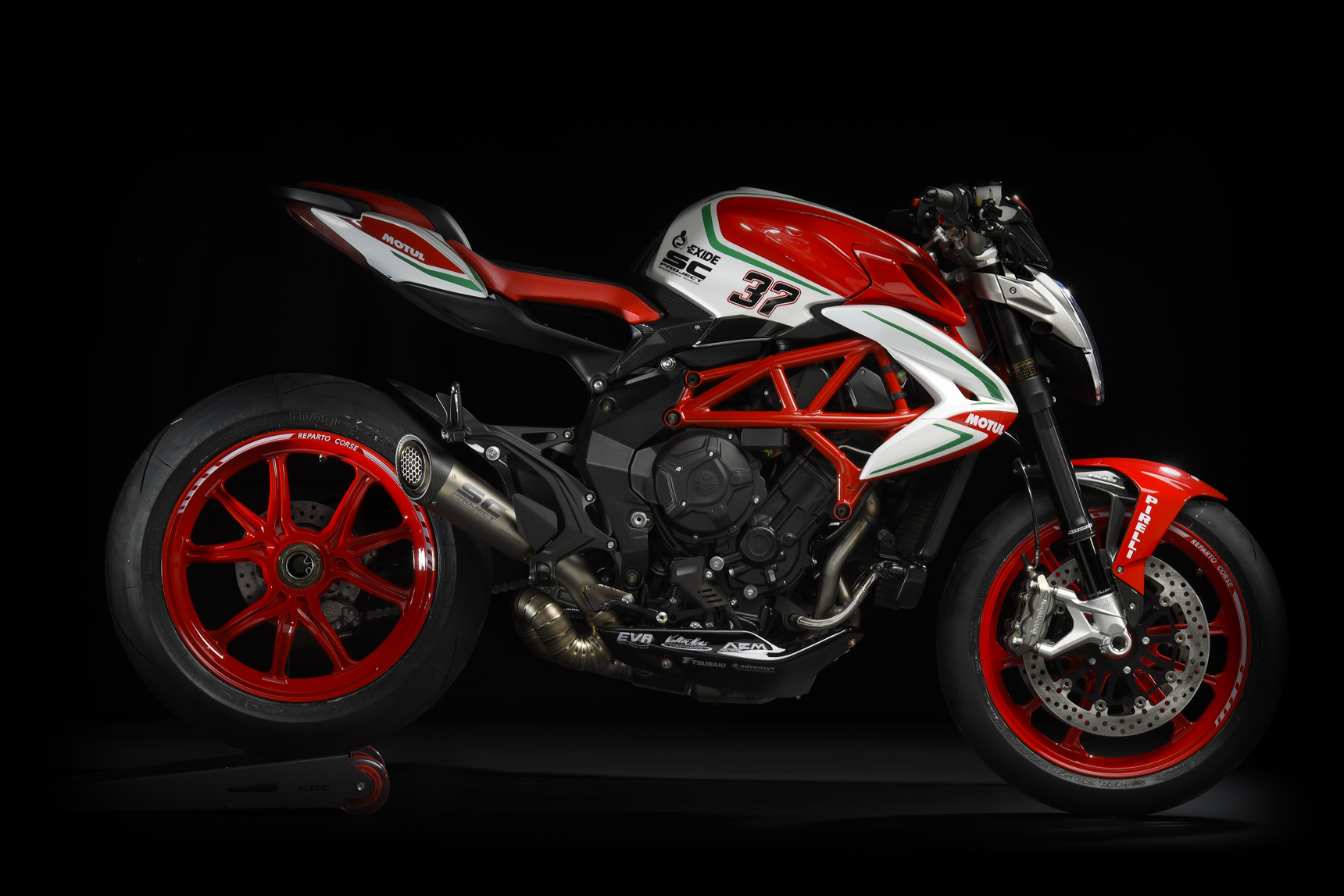 brutale-800-rc_03