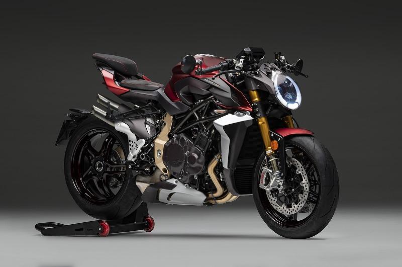B4 1000 Serie Oro 3