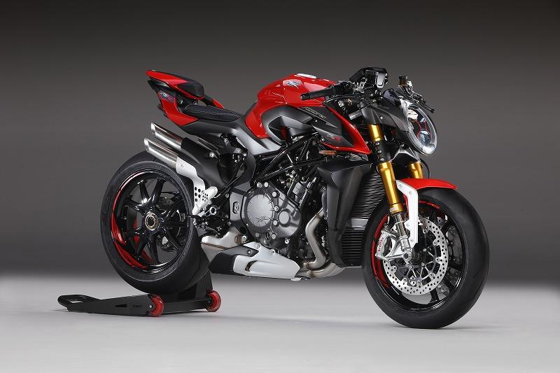 B4 1000 RR rossa 1